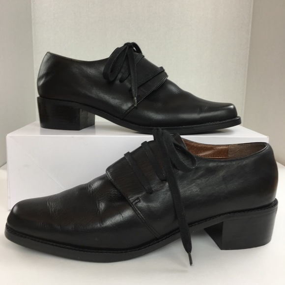 03d7ad628396b5 Unlisted Black Leather Flap Lace Oxford Shoes. M 5b2057799fe486465ac7b216